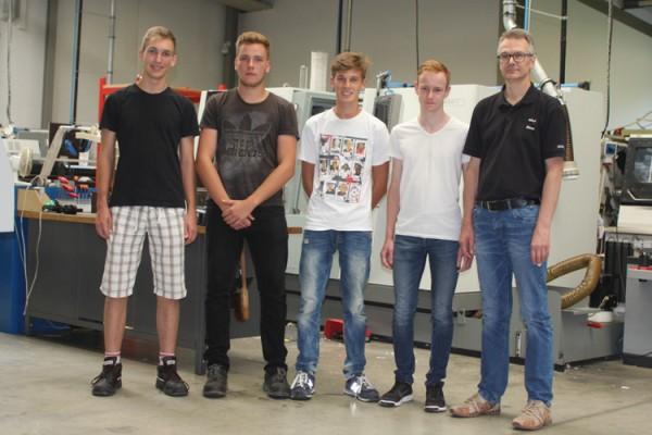 Vier neue Auszubildende bei der BOHLENDER GmbH