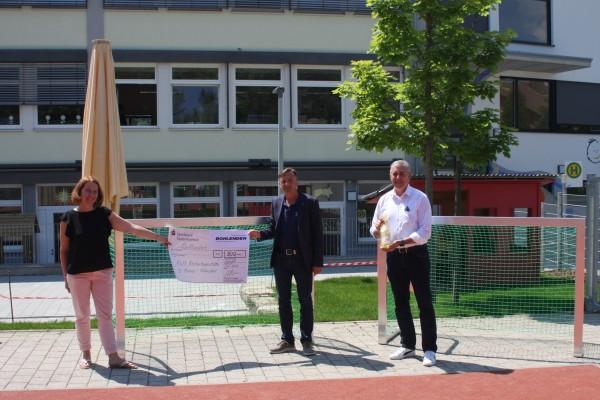 500,- Euro für Kindertagesstätte und Grundschule Grünsfeld gespendet